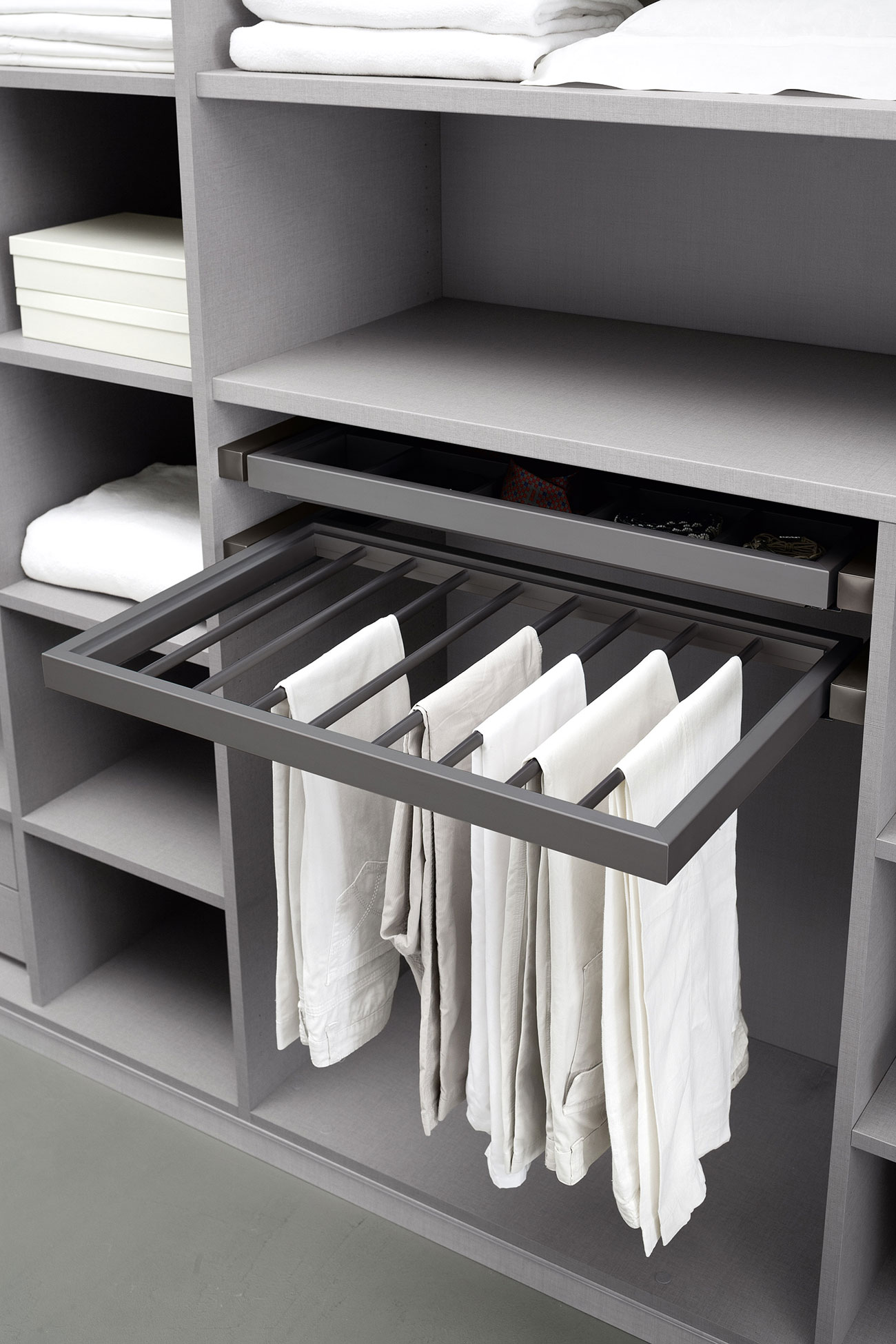 walk-in wardrobe with pull-out trousers hanger