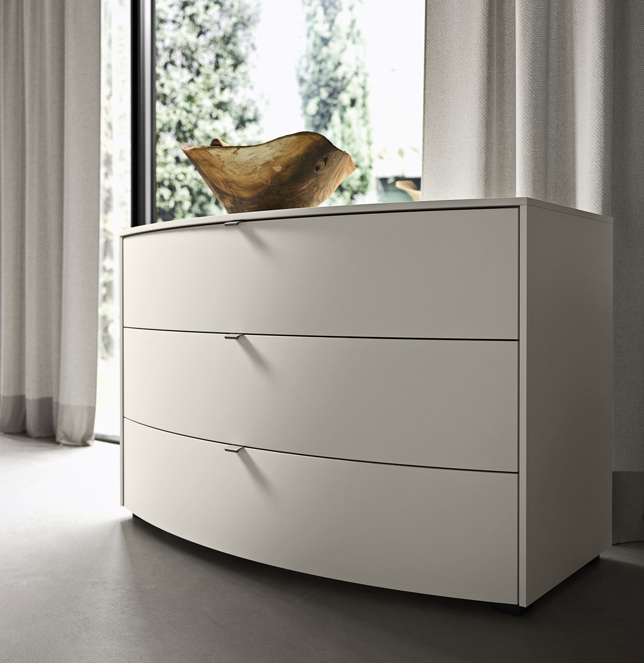 classy drawer units, bedsides and chests of drawers