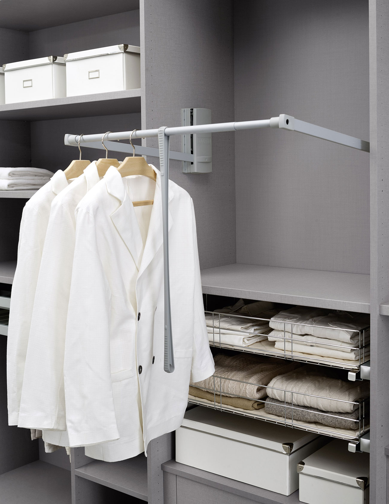 walk-in wardrobe with pull-out clothes hanger for your bedroom
