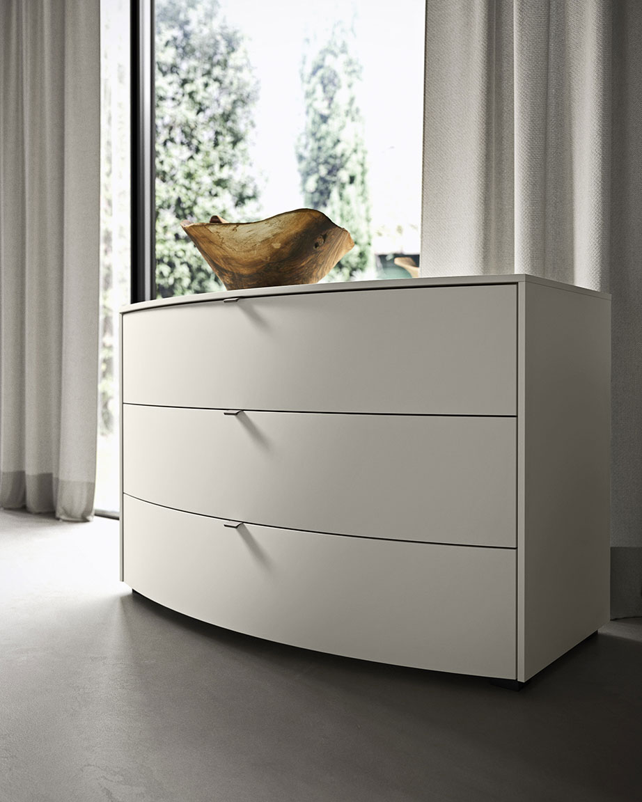 elegant memory bedsides, drawer units and chests 5